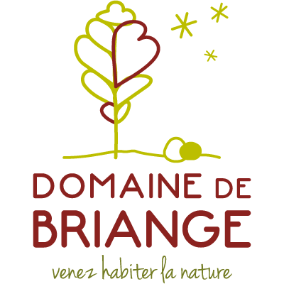 Tête de proue de sa nouvelle identité, le nouveau logo du Domaine de Briange illustre la nature et le calme de ce lieu atypique et écologique.